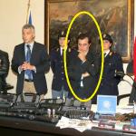 """Carmine Damiano, cerchio giallo, Antonio Fojadelli, cerchio rosso hanno """"rinvenuto"""" armi legalmente detenute .... nemmeno i proverbiali carabinieri sarebbero capaci di tanto"""